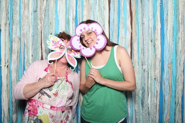 TaylorBarn-Hook-Wedding-Photobooth-006
