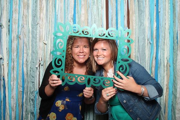 TaylorBarn-Hook-Wedding-Photobooth-018