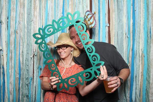 TaylorBarn-Hook-Wedding-Photobooth-020