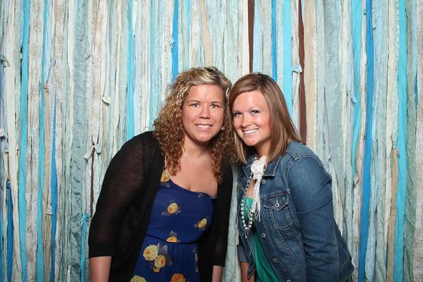 TaylorBarn-Hook-Wedding-Photobooth-010