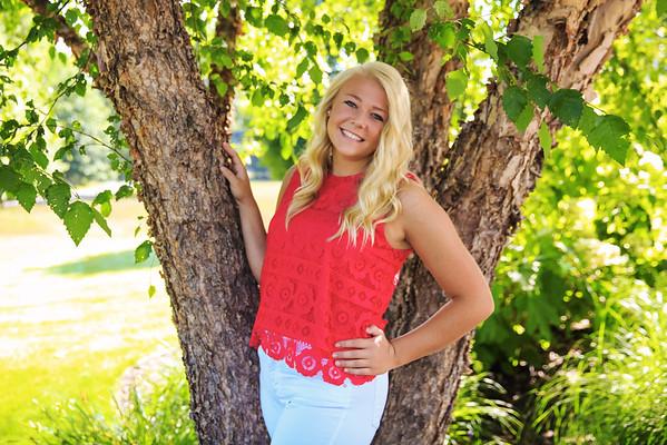 Megan - senior 2016