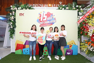 Mekong-Plastics-15th-Anniversary-instant-print-photo-booth-in-My-Tho-Tien-Giang-in-anh-lay-lien-WefieBox-photobooth-vietnam-009