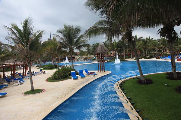 Niekończące się baseny