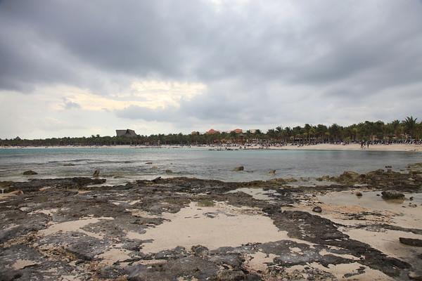 Plaża i wszystkie widoczne tam budynki to tylko mały kawałeczek całego kurortu