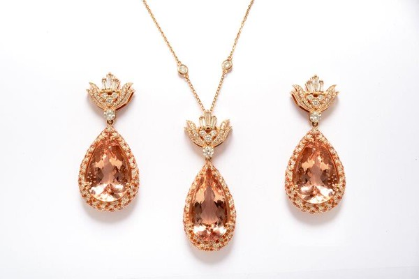 Old Hollywood Earrings and Necklaces
