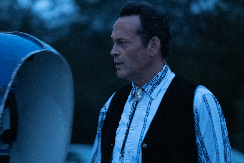 Vince Vaughn wearing a painfully average bolo option in Arkansas. Photo by Andrew Boonkrong/Lionsgate Media