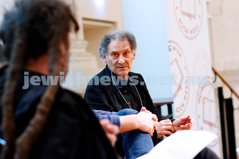 3-5-18 Melbourne Jewish Book Week. St Kilda Town Hall.  Elsewhere Streets. Arnold Zable. Photo: Peter Haskin