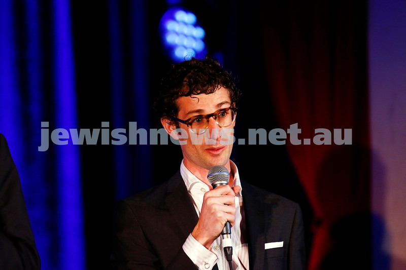 11-9-16. Melbourne Jewish Comedy Festival. MEMO Music Hall, St Kilda. Eli Grynberg. Photo: Peter Haskin