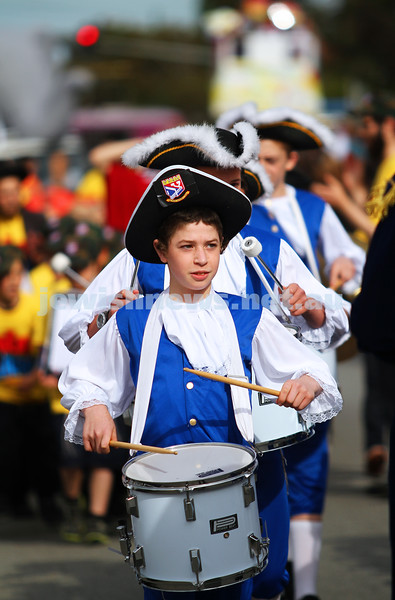 18-5-14. Lag B'omer 2014. Annual Lag B'omer parade along Hotham St.  Photo: Peter Haskin
