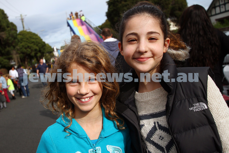 18-5-14. Lag B'omer 2014. Annual Chabad Youth Lag B'omer Parade along Hotham St.   Photo: Peter Haskin