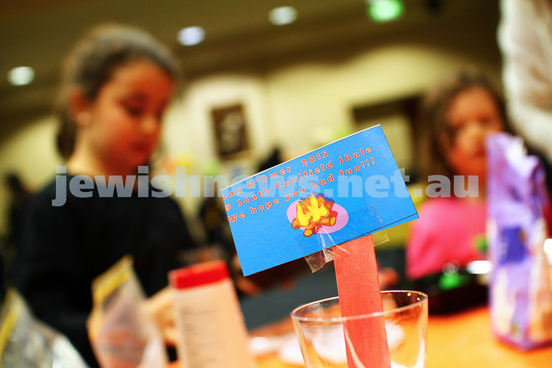 6-5-15. Lag B'omer 2015. art and crafts at  south Caulfield Shul. Photo: Peter Haskin