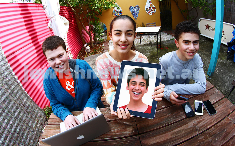 17-10-13. New generation of tech geniuses. From left: Noah Craypot, Amy Liberman, Nathan Feiglin (ipad), Jack Solomon. Photo: Peter Haskin