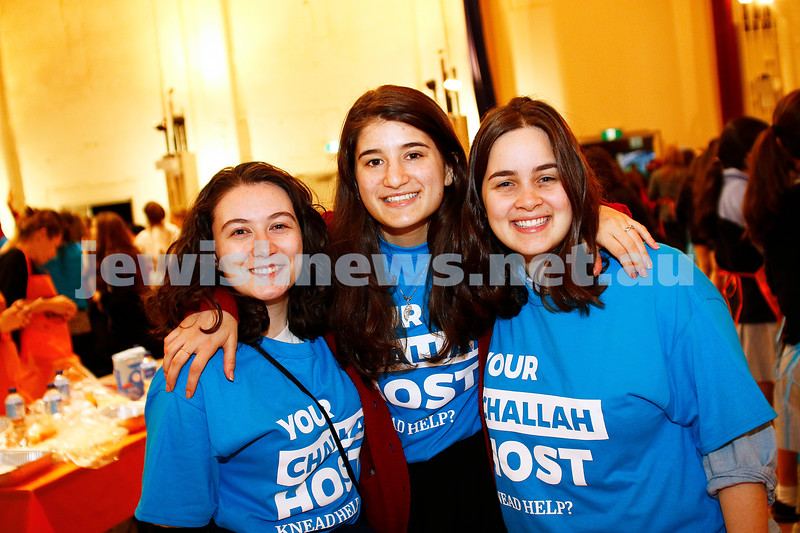 10-11-16. Shabbat Project. Teen challah bake at St Kilda town hall. Photo: Peter Haskin