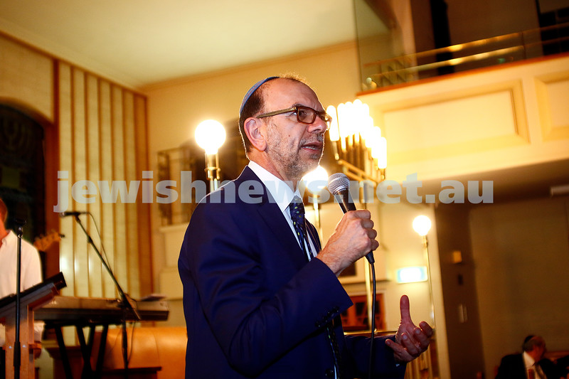 12-11-16. Shabbat Project. Havadallah concert at caulfield shul. Photo: Peter Haskin
