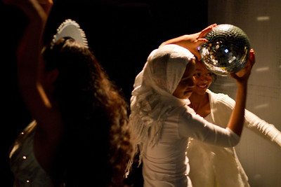 Crystal ball dance