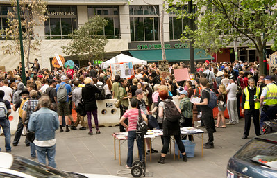 Occupy Melbourne and the police in happier times (15 Oct 2011). Just a few days later they were evicted from City Square.
