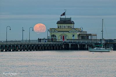 St Kilda Pier moonset