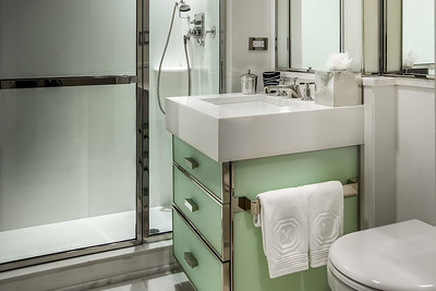 The Mark Hotel - Bathroom
