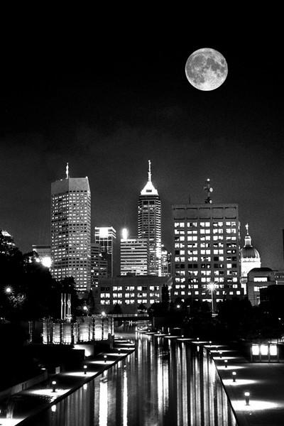 Big Moon-EW jpg