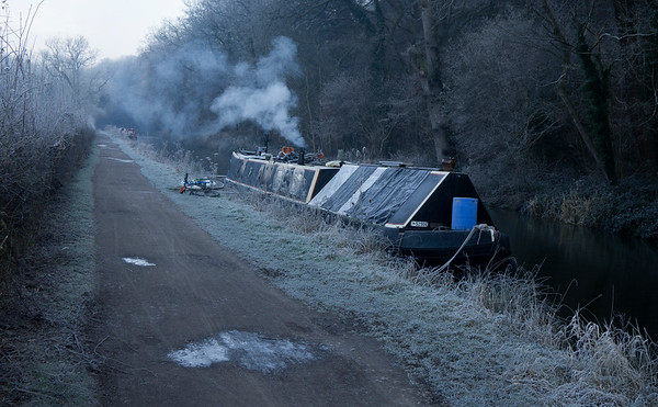 Frosty morning by the canal 154