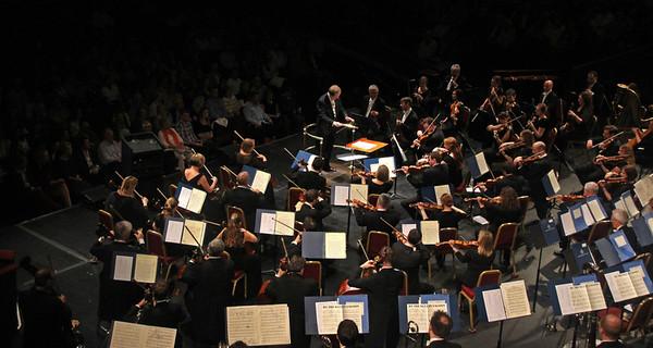 34 BBC orchestra play Blue Lagoon  Com  Sport : PJ  J Ketton