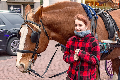 girl-and-horse