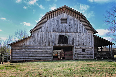 Barn Straight on Email