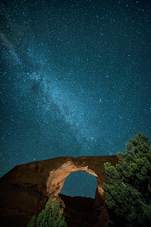 103016-Milky Way over stone arch in Monument Valley