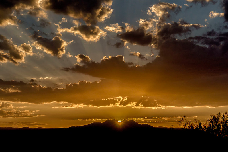 082812-Sun rises over exact center of Four Peaks