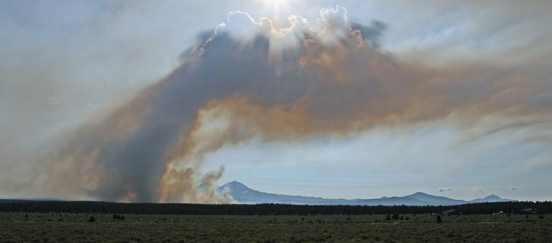 Rooster Rock Fire 8-5-2010-Jack Walker