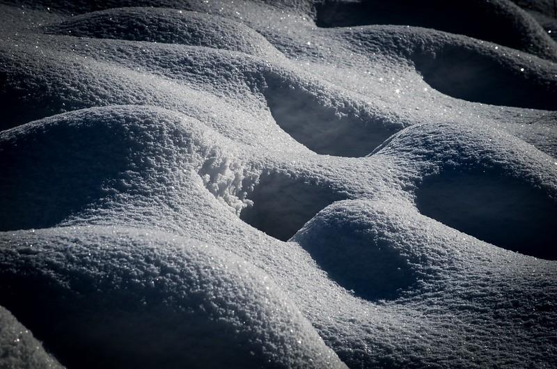 Rhythm in snow