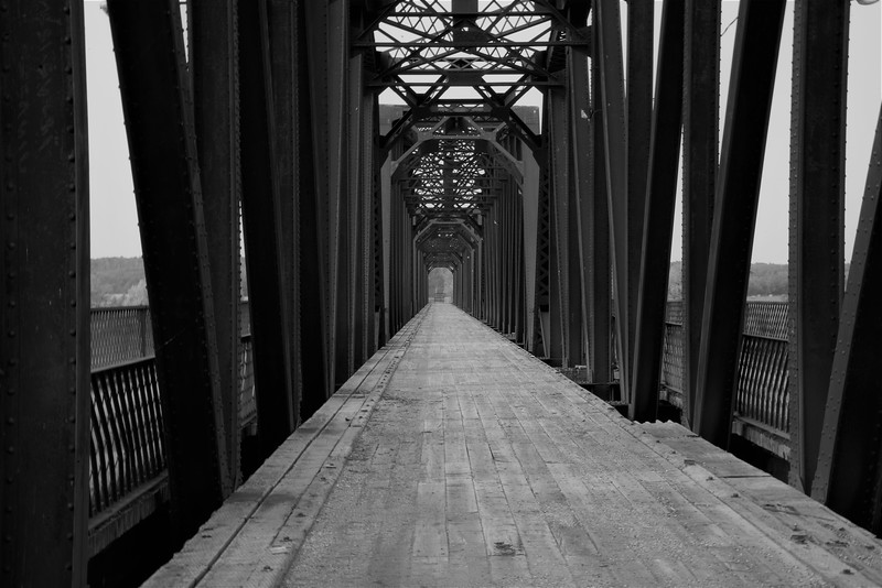 2-A Bridge Too Far-Dale Read