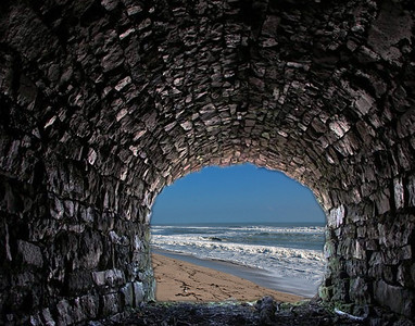 Passageway To The Sea