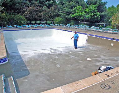 Swim Pool Floor Refinishing