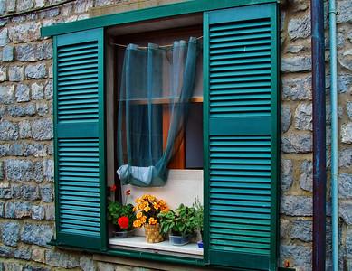 6 Window Italian Riviera