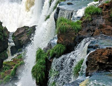Iguazu - Close Up & Personal