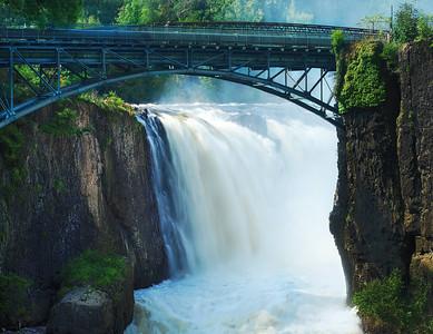 Silkiy Water Flow