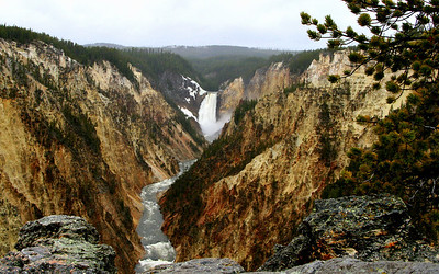 """Yellowstone - """"Grand Canyon"""""""