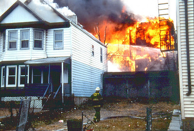Paterson General Alarm++ at 599 Main Street on 10-29-00.