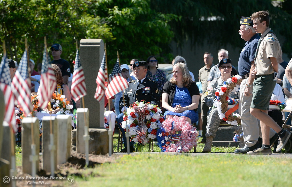. Veterans place wreaths during the Memorial Day Ceremony held at the Chico Cemetery in Chico, Calif. Monday, May 28, 2018. (Bill Husa -- Enterprise-Record)