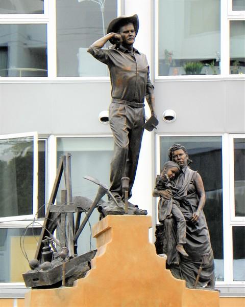 Bracero Monument -- 1