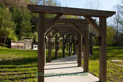 Hurricane Creek Miner Memorial, Leslie County, Kentucky