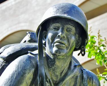 Riverside War Memorials