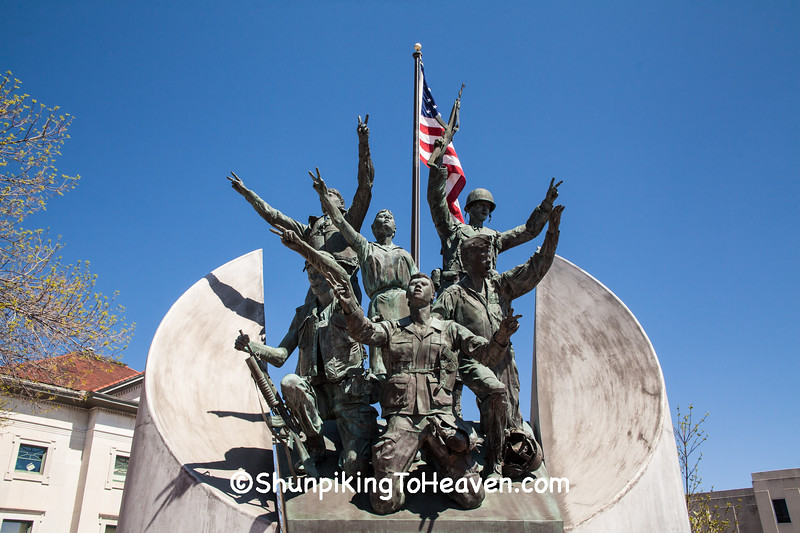"""Victory"" Veterans Memorial, Rockford, Illinois"