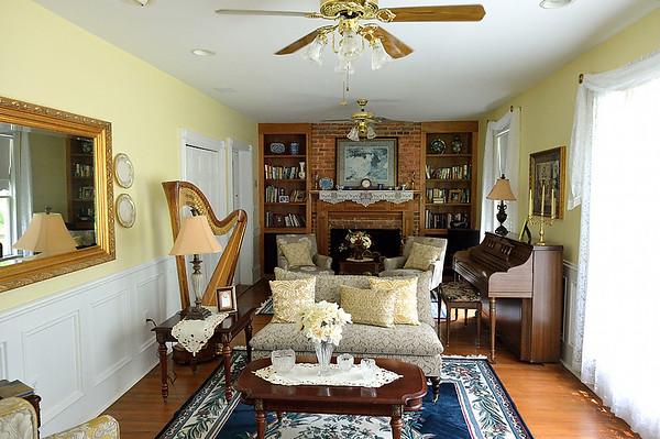 Dogwood Manor Inside, Web Sized