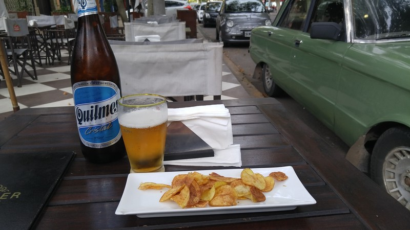 Sidewalk dining at Gingger's