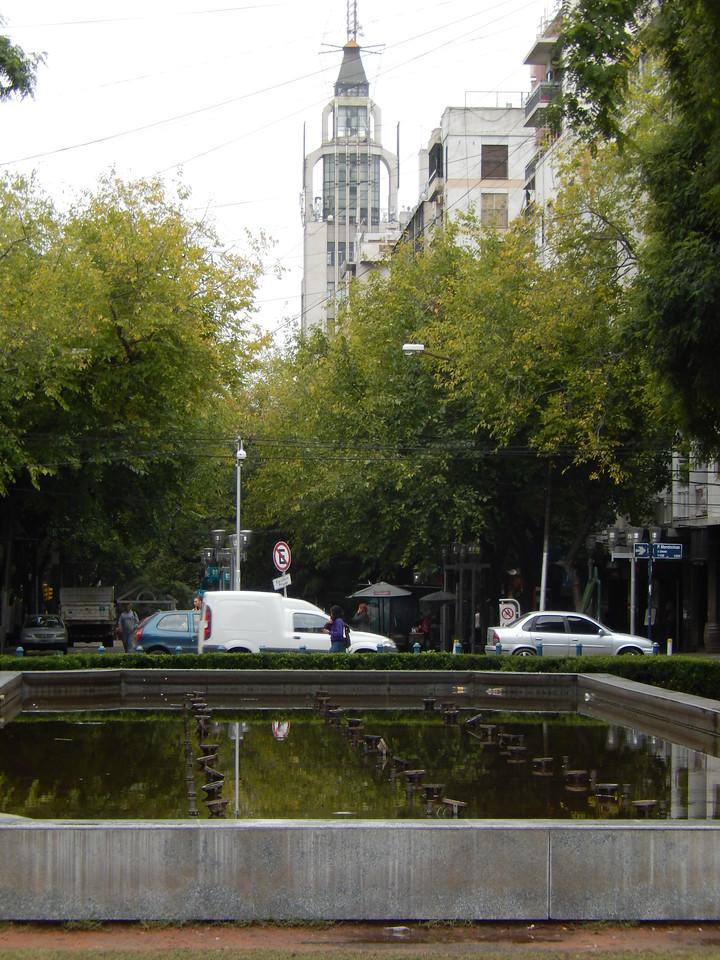 Independence Square, Mendoza