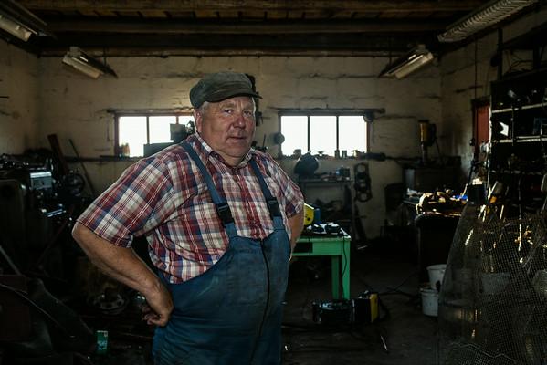 Fisker og alt-mulig-mand i Estland