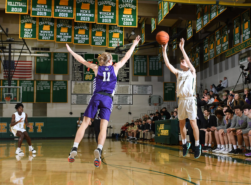VARSITY MEN'S BASKETBALL: Jesuit vs. Sunset