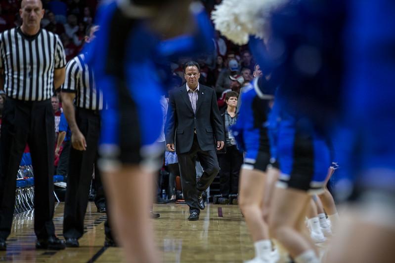 Men's Basketball vs. Fort Wayne, 11/22/16, Evan De Stefano